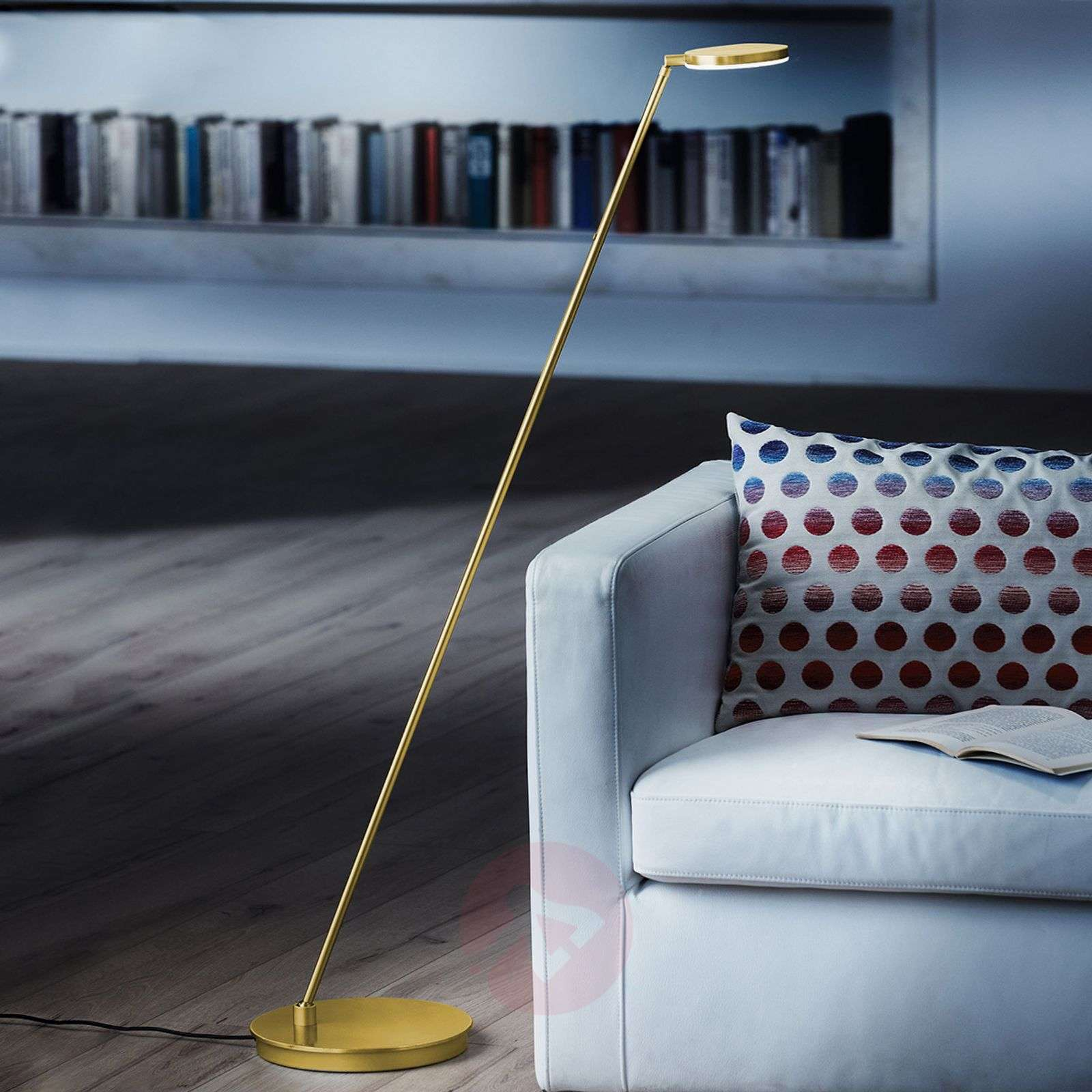 Lampadaire LED inclinable Plano S, laiton-4529174-01
