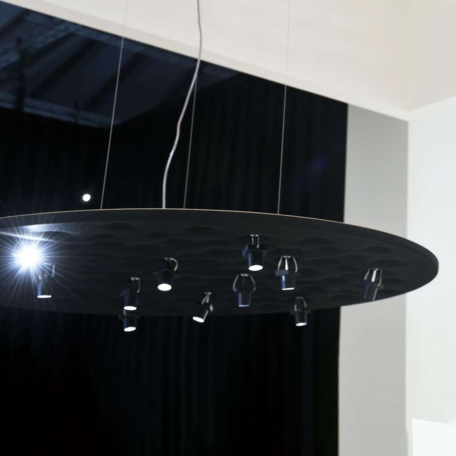 Suspension de designer noire Silent Field avec LED