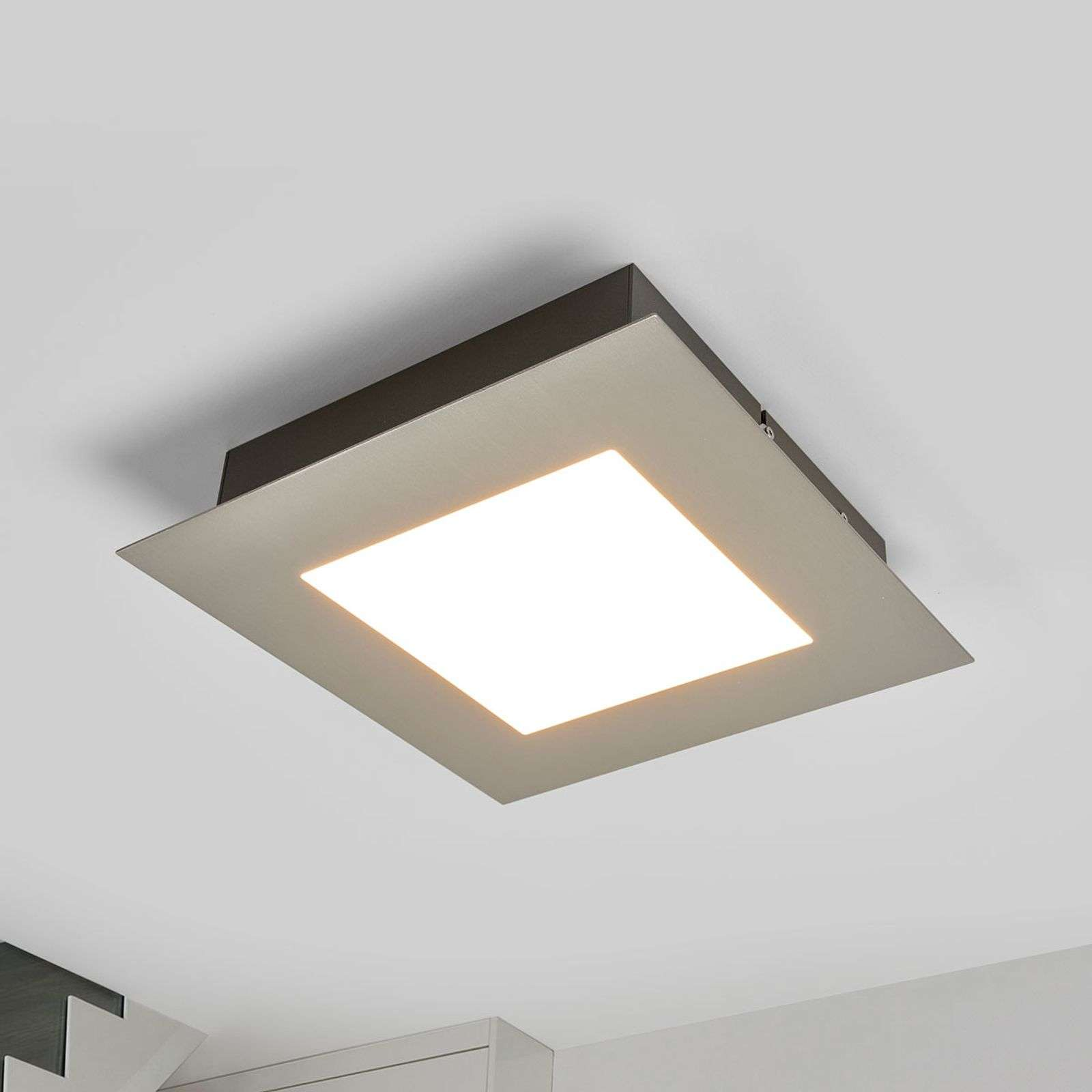 Plafonnier carré LED Deno, nickel mat
