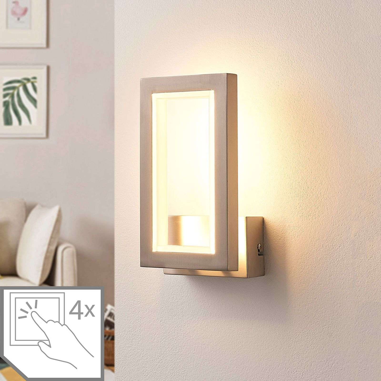 Applique murale LED carrée Heriba, nickel mat