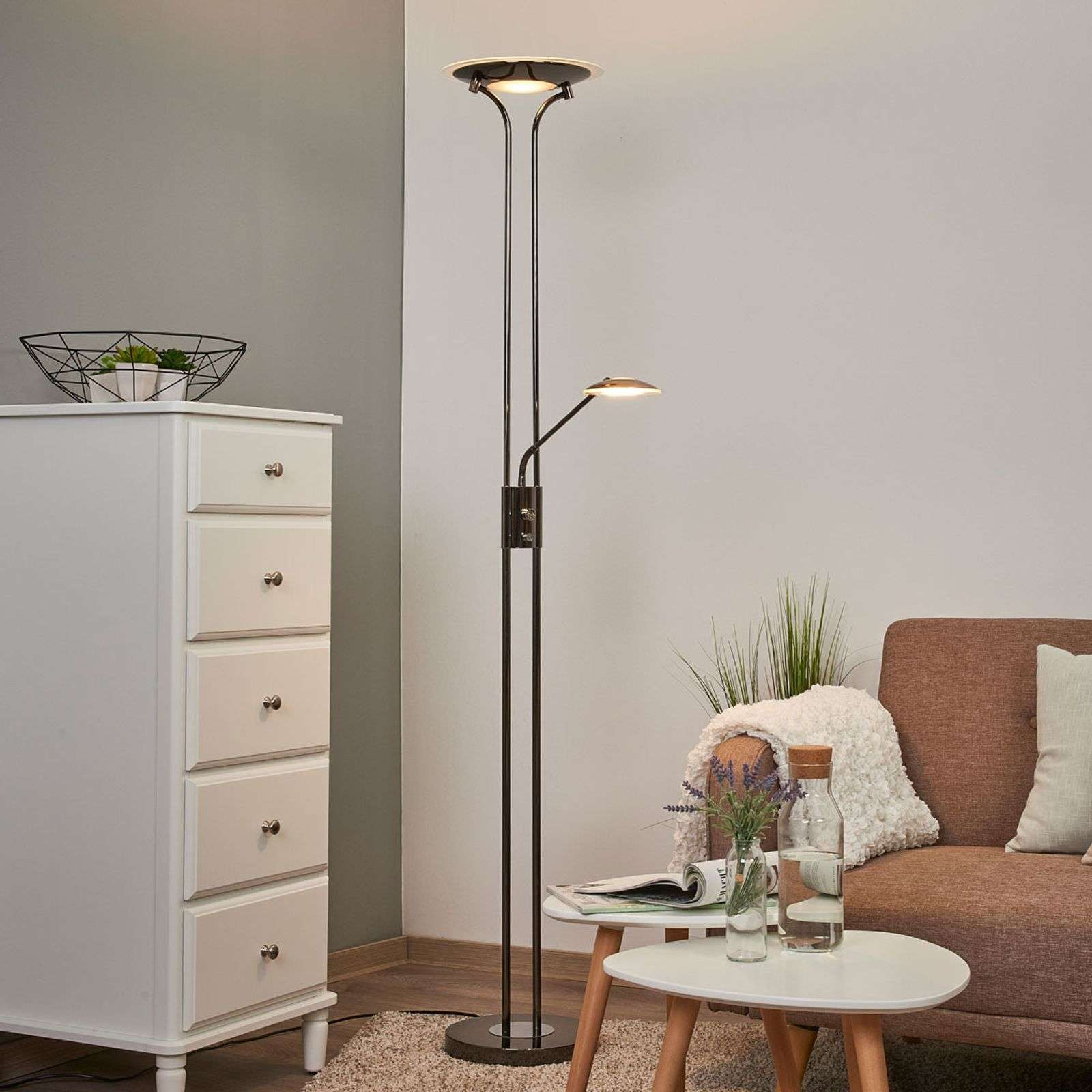 Lampadaire à éclairage indirect LED Aras