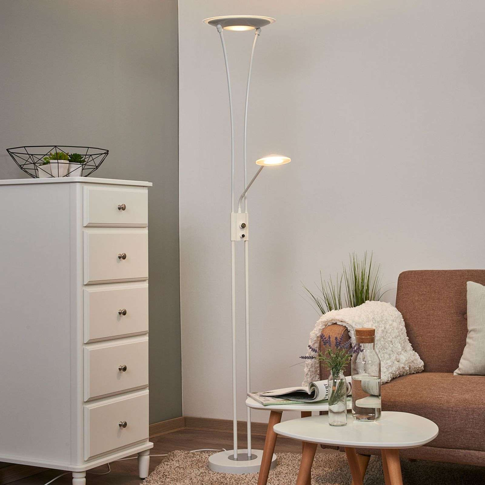 Lampadaire à éclairage indirect LED blanc Eda
