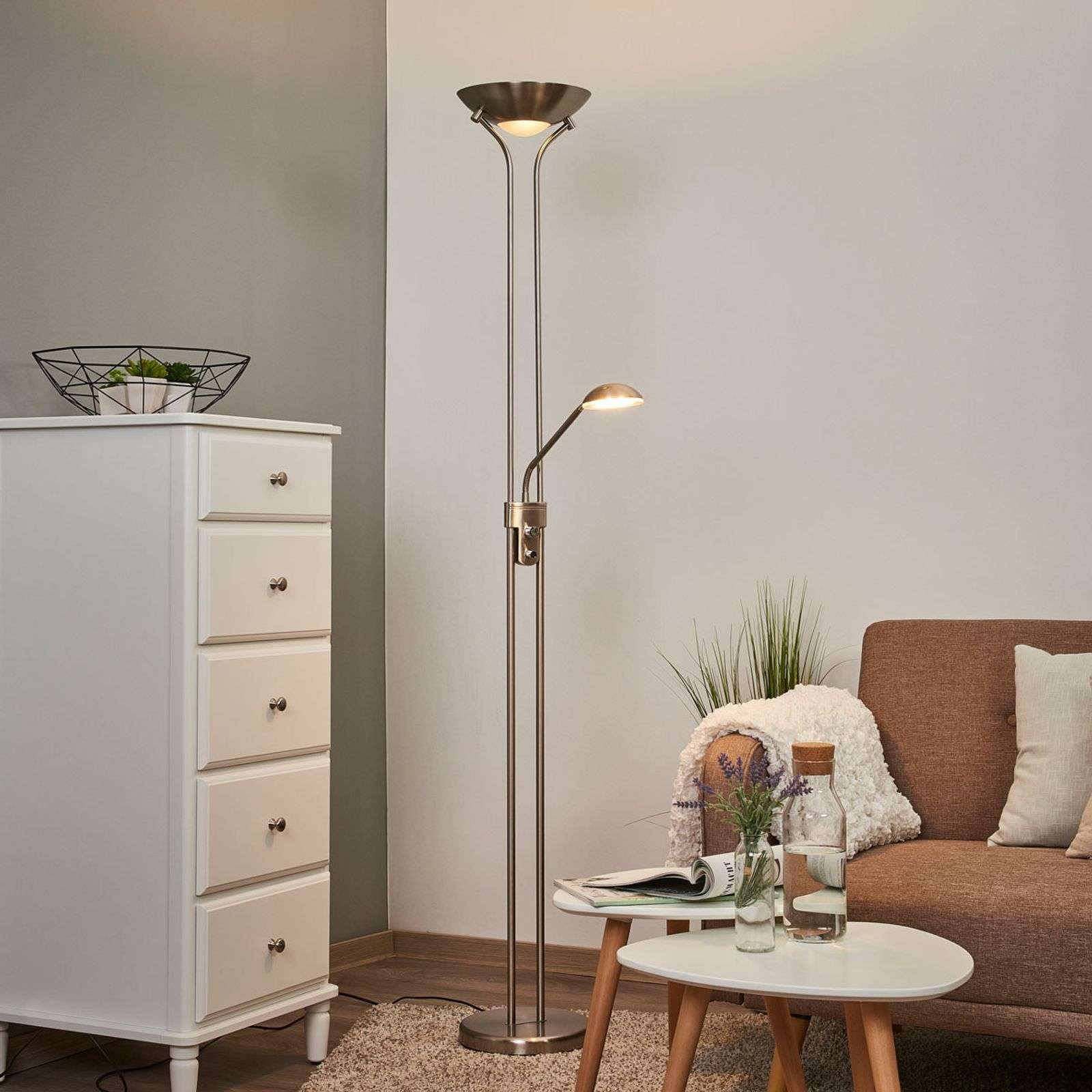 Lampadaire à éclairage indirect LED Josefin