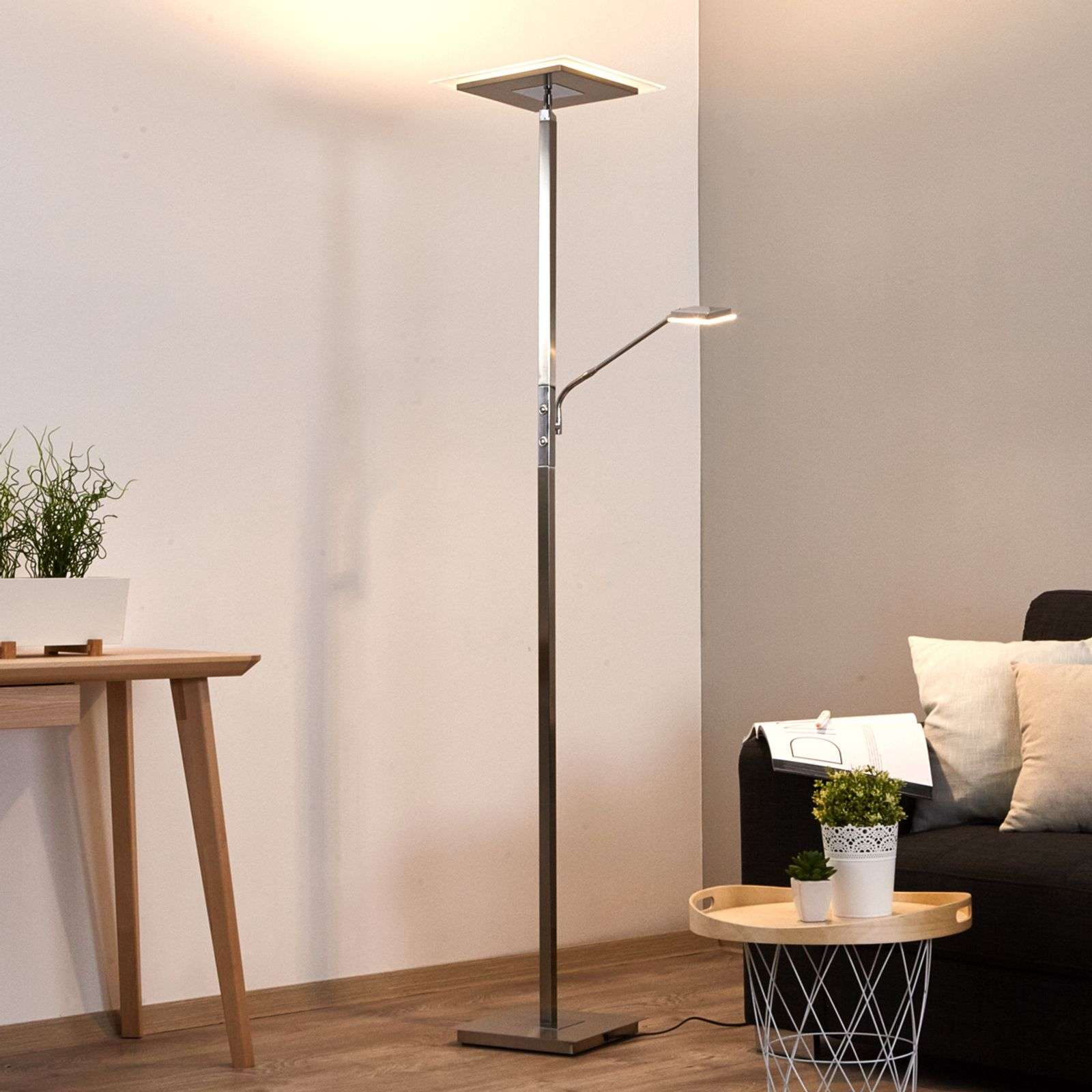 Lampadaire LED Nala carré, variable