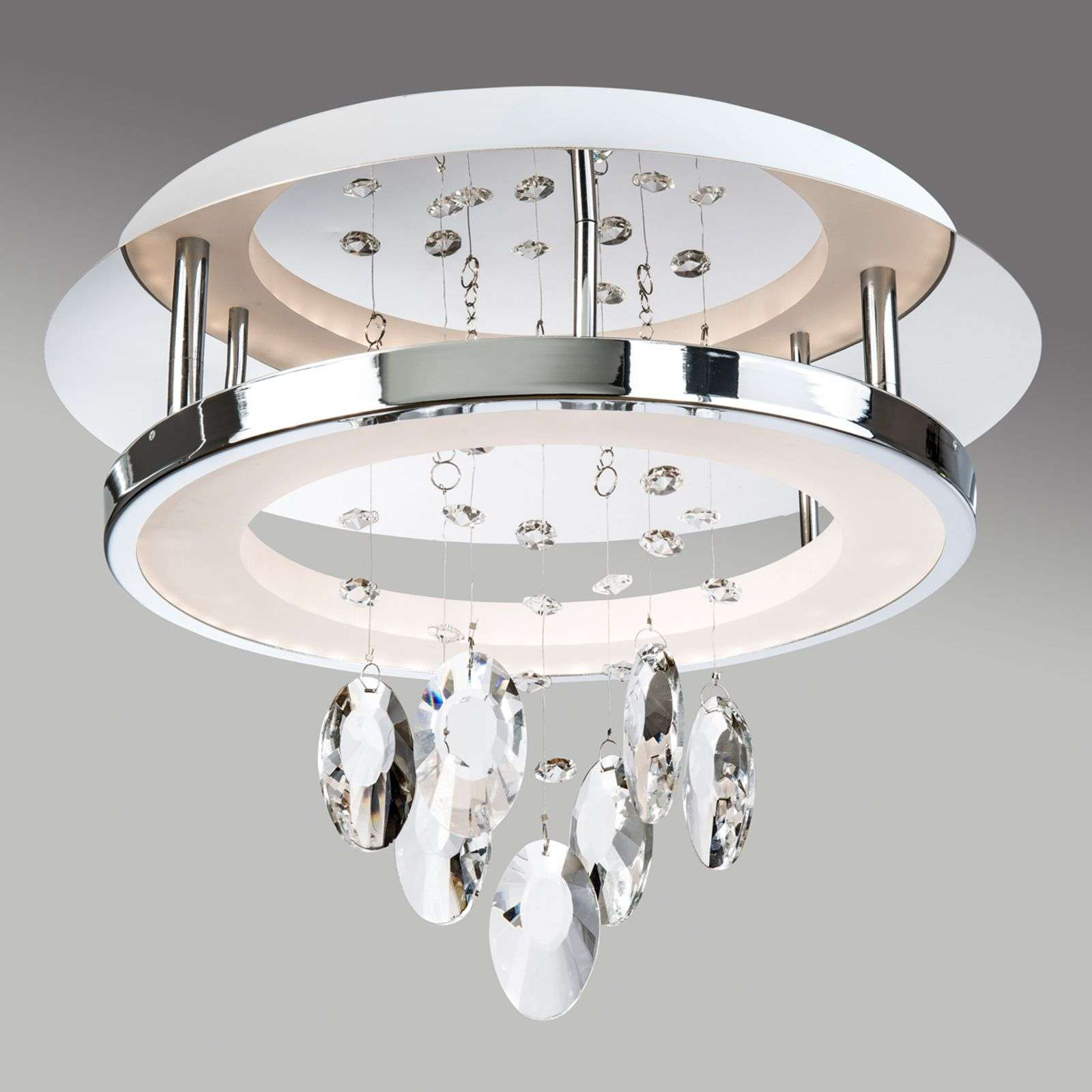 Plafonnier LED brillant Alva avec suspensions