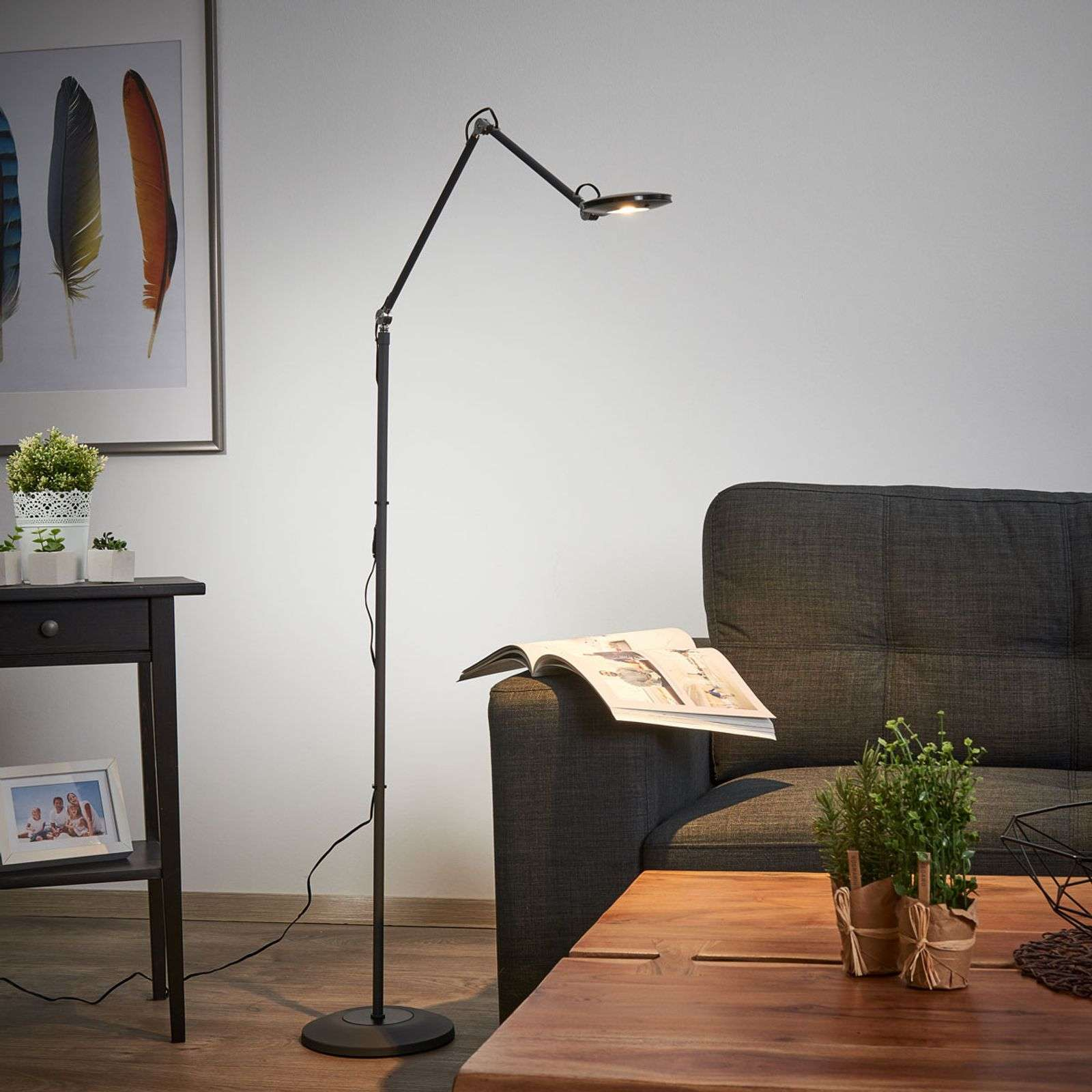 Lampadaire LED fin Roderic en anthracite