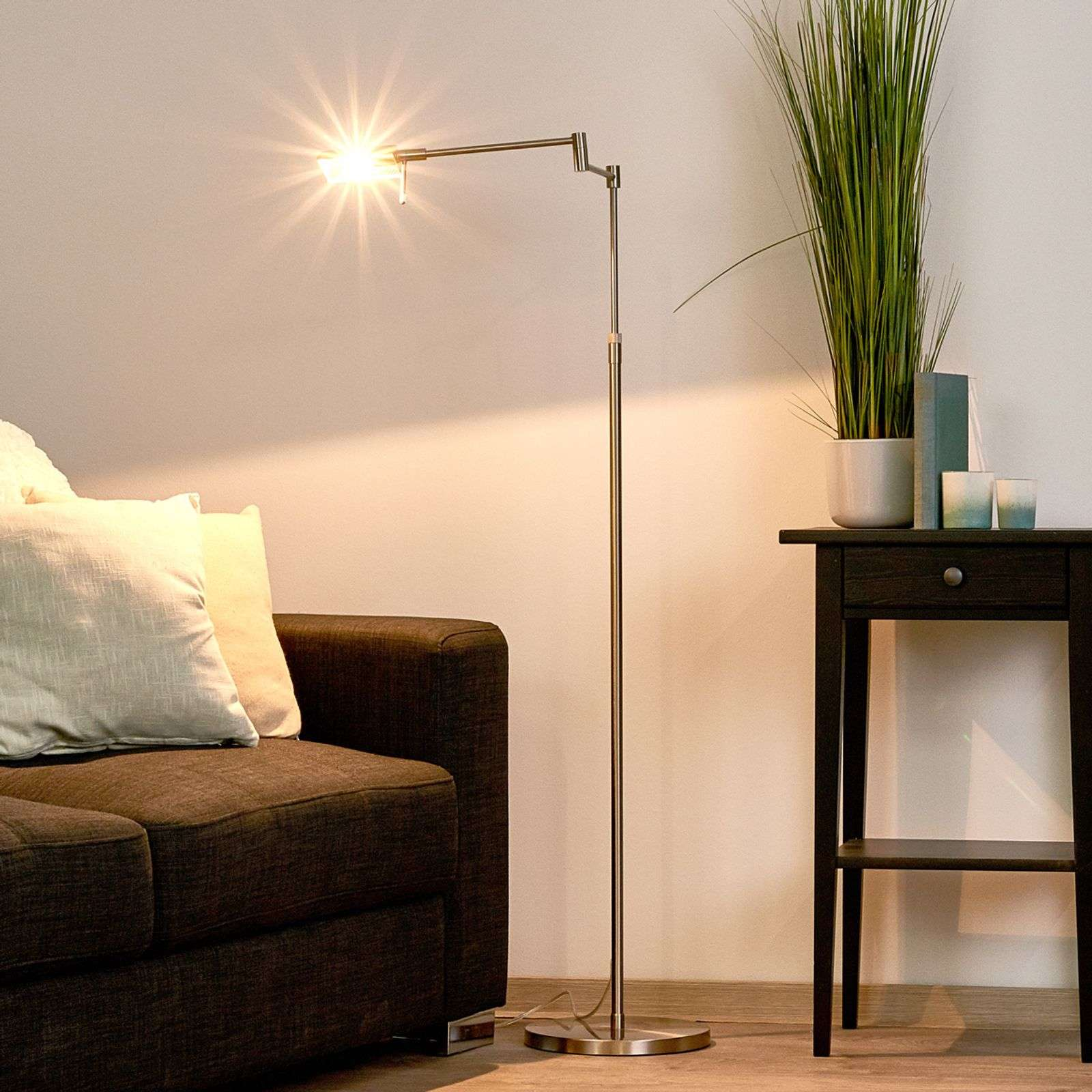 Lampadaire polyvalent Re finition nickel