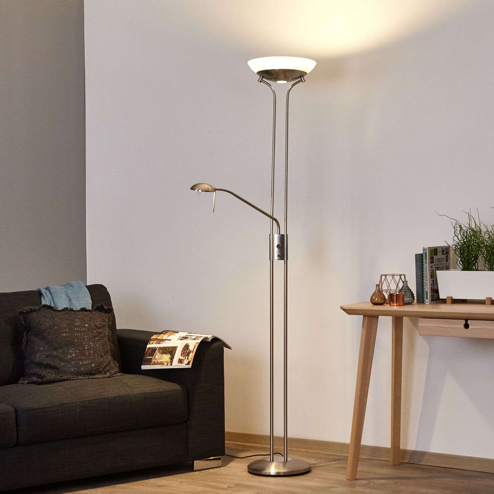 Lampadaire à éclairage indirect LED Denise